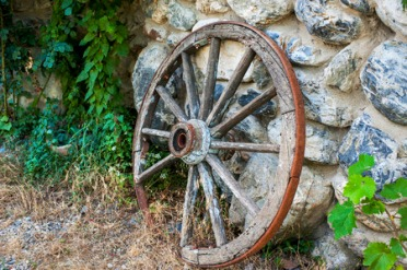 49033220 - wooden wheel from the old carts
